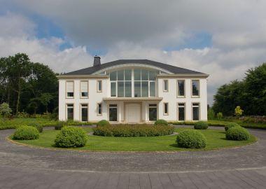 1.9 Klassisch eleganter Villengarten in Dortmund