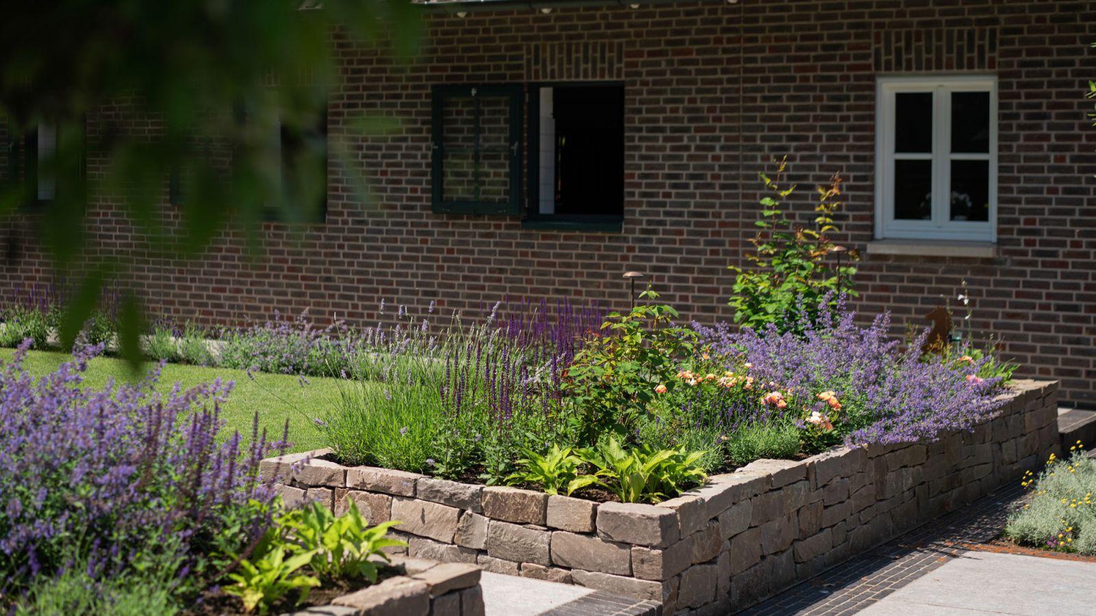 2.3 Harmonischer Landhausgarten - ein Rückzugsort mitten in der Natur in Barlo