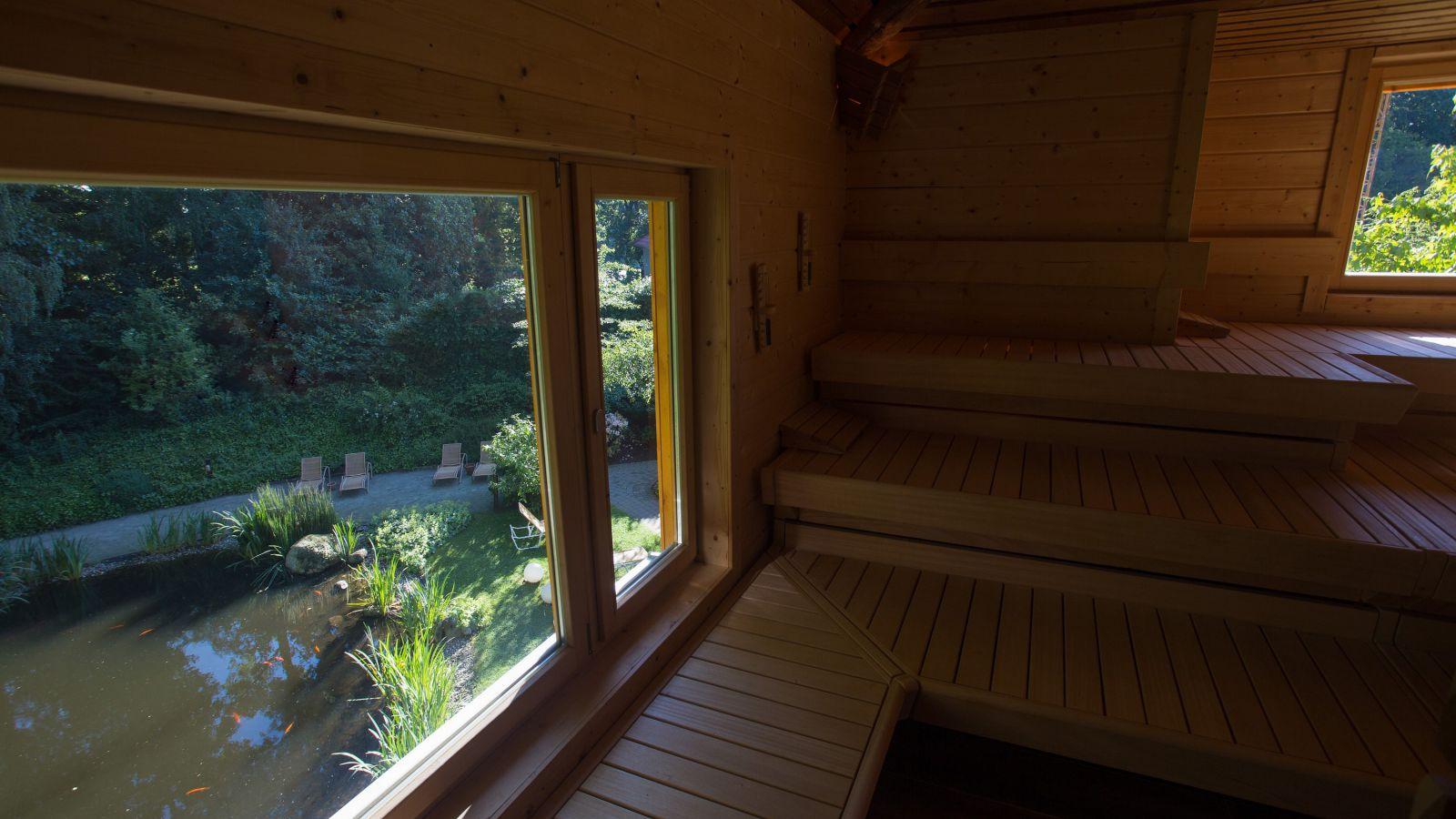 3.1 Zur Saunalandschaft der passende Saunagarten - im Inselbad Bahia in Bocholt